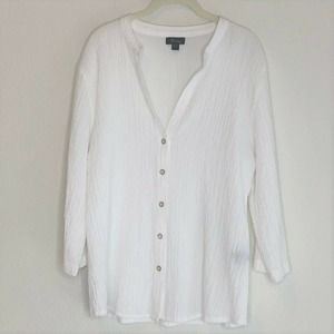 Analogy Blouse White Crinkle Fabric V-Neck Buttons